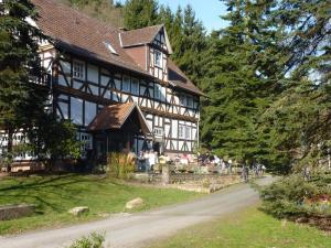 Hof Guttels Waldgasthof Ferienpension, Penzióny  Rotenburg an der Fulda - big - 1