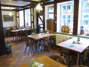 Hof Guttels Waldgasthof Ferienpension, Penzióny  Rotenburg an der Fulda - big - 91