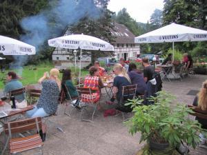 Hof Guttels Waldgasthof Ferienpension, Penzióny  Rotenburg an der Fulda - big - 97