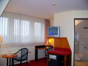 Double Room with two Extra Beds