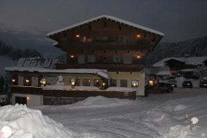 Hotel Sonne, Szállodák  Niederau - big - 33