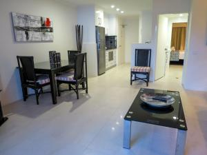 Marlin Waters Beachfront Apartments, Aparthotels  Palm Cove - big - 34