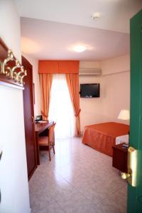Hotel Za Maria, Hotel  Santo Stefano di Camastra - big - 7