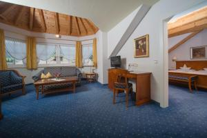 Park Hotel Bellevue, Hotely  Dobbiaco - big - 3