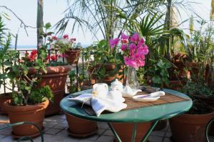Terrazza Pavone, Apartments  Aci Castello - big - 15