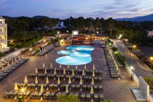 Invisa Hotel Club Cala Blanca, Hotely  Es Figueral Beach - big - 64