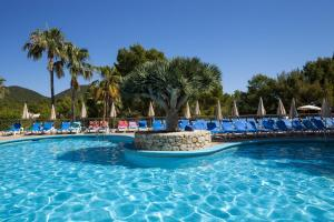 Invisa Hotel Club Cala Blanca, Hotely  Es Figueral Beach - big - 63