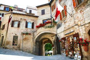 Hotel Trattoria Pallotta - AbcAlberghi.com