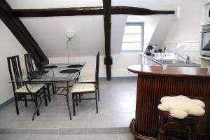 Appartement de charme, Ferienwohnungen  Honfleur - big - 7
