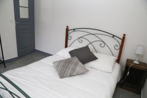 Appartement de charme, Ferienwohnungen  Honfleur - big - 9