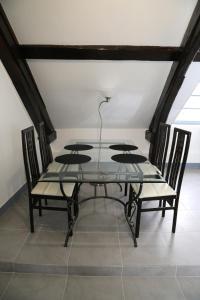 Appartement de charme, Ferienwohnungen  Honfleur - big - 10
