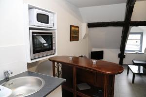 Appartement de charme, Ferienwohnungen  Honfleur - big - 31
