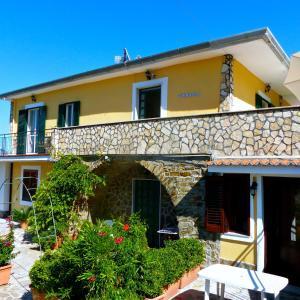 Villa Alberto - AbcAlberghi.com