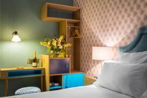 """Double Room """"Curieuse"""""""