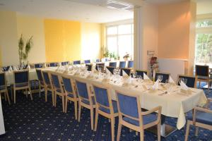 City-Hotel Cottbus, Guest houses  Cottbus - big - 8