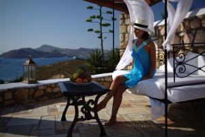 Eirini Luxury Hotel Villas, Villas  Grikos - big - 67