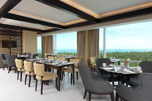 Club Room Sheraton - Apartment with Eco Reserve View