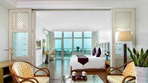 Huayuan Hot Spring Seaview Resort, Resorts  Sanya - big - 3