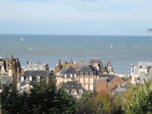 La Regina, Ferienwohnungen  Trouville-sur-Mer - big - 4