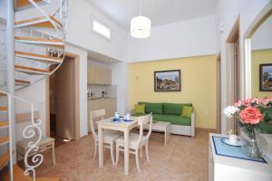 Aigaio Studios, Apartmány  Tinos Town - big - 34