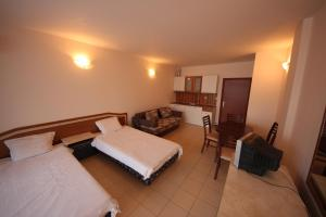 Menada Esperanto Apartments, Apartmány  Slunečné pobřeží - big - 48