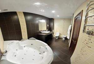 Gubernskaya Hotel, Szállodák  Mogilev - big - 17