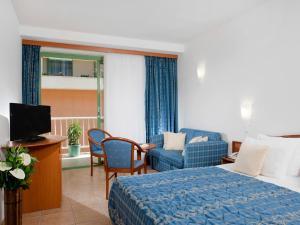 Bluesun Hotel Marina, Hotely  Brela - big - 18