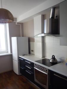 Apartment Zvezdova, Apartmanok  Omszk - big - 2