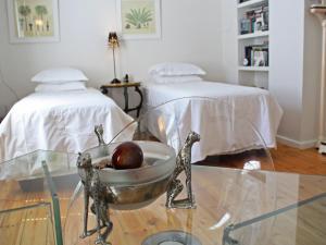 Purple House, Bed & Breakfast  Città del Capo - big - 55