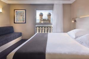 Comfort Double or Twin Room with Rambla View