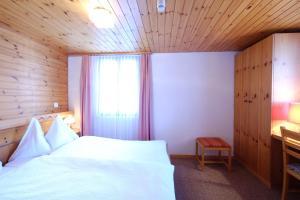 Hotel Tannenhof, Hotely  Zermatt - big - 10