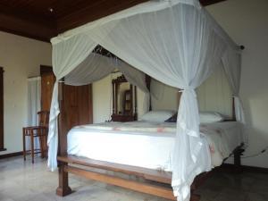 Villa Bhuana Alit, Гостевые дома  Убуд - big - 62