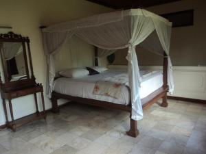 Villa Bhuana Alit, Гостевые дома  Убуд - big - 35