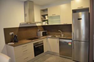 Three-Bedroom Apartment - Muntaner 32