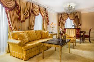 Harrington Suite