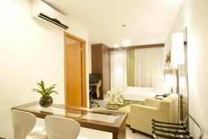 Premium Suite (2 Adults)