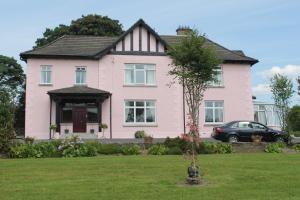 Riversdale Farm Guest House and Leisure Centre