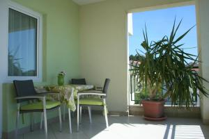 Rooms & Apartments Villa Anka, Апартаменты  Тучепи - big - 20
