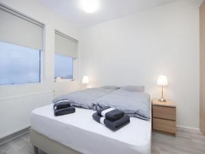 Kef Guesthouse at Grænásvegur, Bed and breakfasts  Keflavík - big - 12