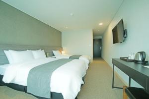 Benikea I-Jin Hotel, Hotely  Jeju - big - 33