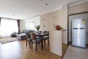 Premier Two-Bedroom Apartment