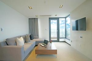 Benikea I-Jin Hotel, Hotely  Jeju - big - 20