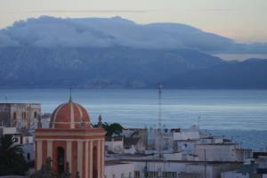 Hostal El Asturiano, Guest houses  Tarifa - big - 32