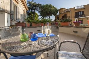 Villa Savoia, Apartments  Marino - big - 18