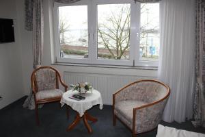Hotel & Restaurant Zum Vater Rhein, Szállodák  Monheim - big - 9