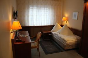 Hotel & Restaurant Zum Vater Rhein, Szállodák  Monheim - big - 4
