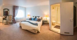 Hotel & Restaurant Zum Vater Rhein, Hotels  Monheim - big - 2