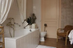 Hotel Les Bluets, Hotely  Brusel - big - 14