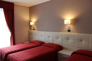 Hotel Adler, Hotels  Menaggio - big - 7