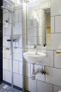 Economy Double Room with Shared Bathroom (No Window)
